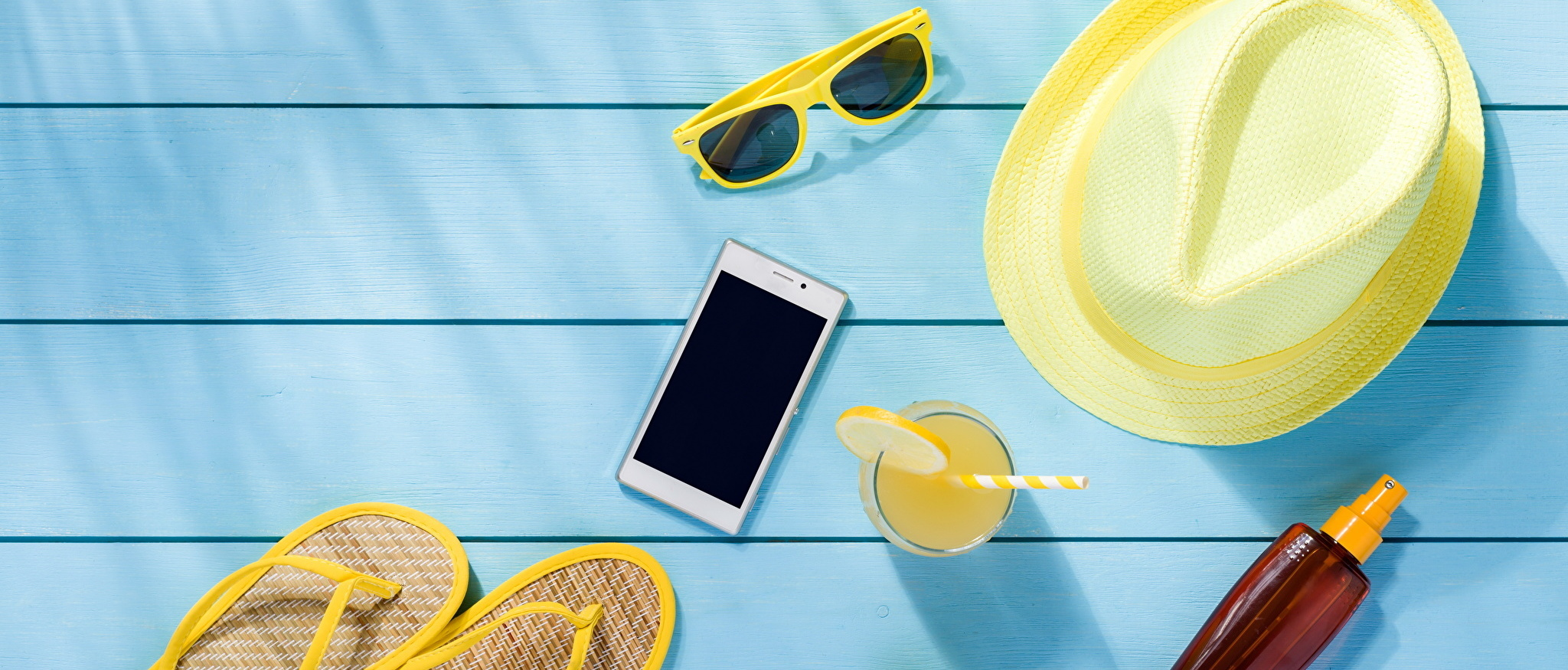 5 smartphone tips for your summer travels