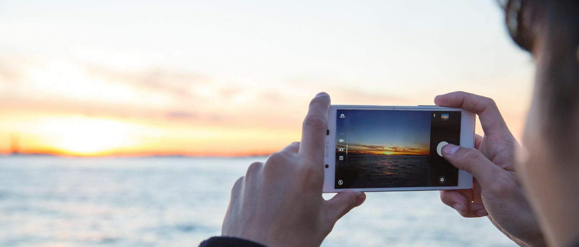 5 summer photography tips for your smartphone.