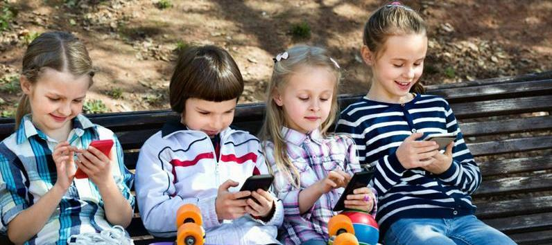 How to choose the best phone for kids