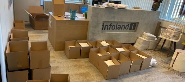 Houd de pakketdienst in de gaten! 🎁