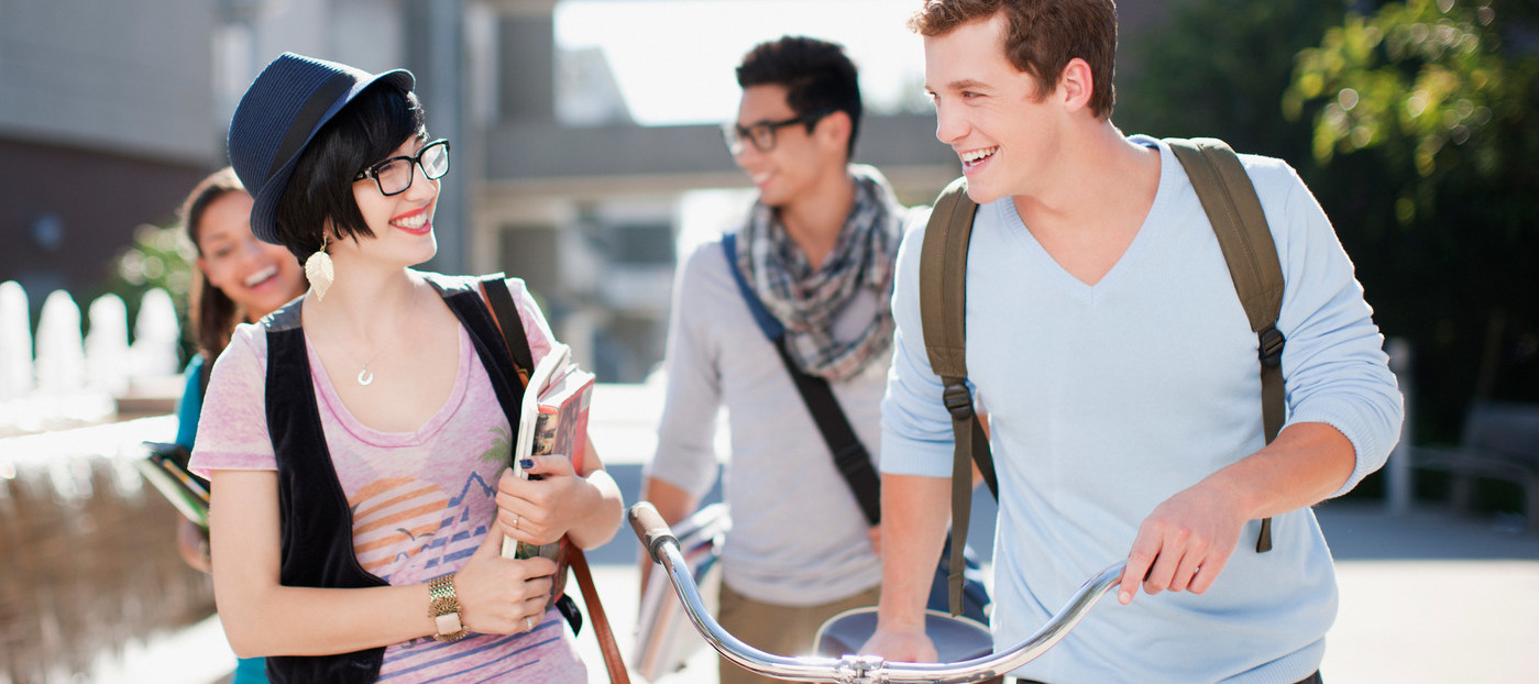 Junge Leute Vorteil: Holt euch 15 EUR Rabatt auf euren o2 Free M Boost, o2 Free L oder o2 Free L Boost Tarif!