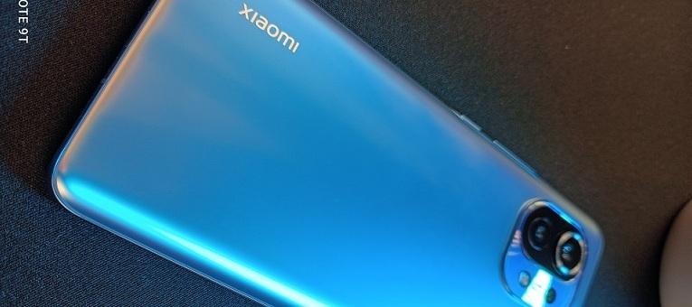 Xiaomi Mi 11 I 600€ Flagship Smartphone I Unboxing & erster Eindruck