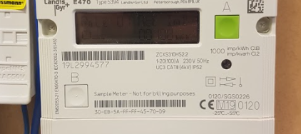 Taking a manual reading from a Landis+Gyr E470 smart meter