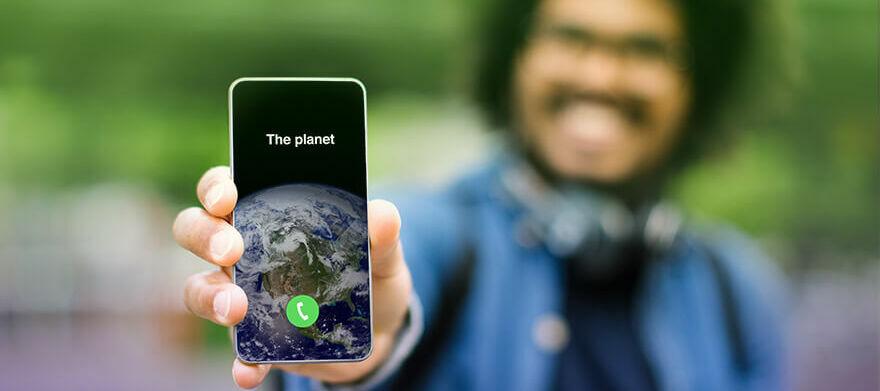 Smartphone reconditionné : bon pour la planète, bon pour votre portefeuille