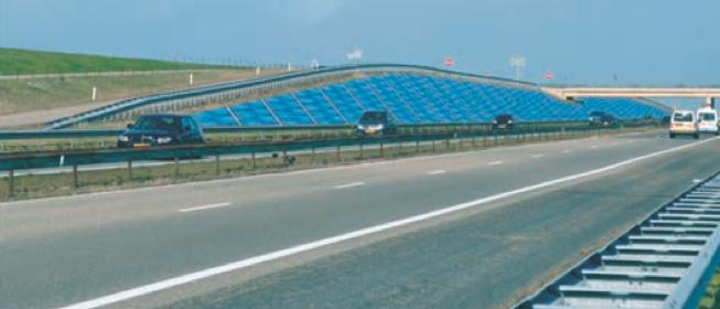 Afsluitdijk energieneutraal via zonnepanelen