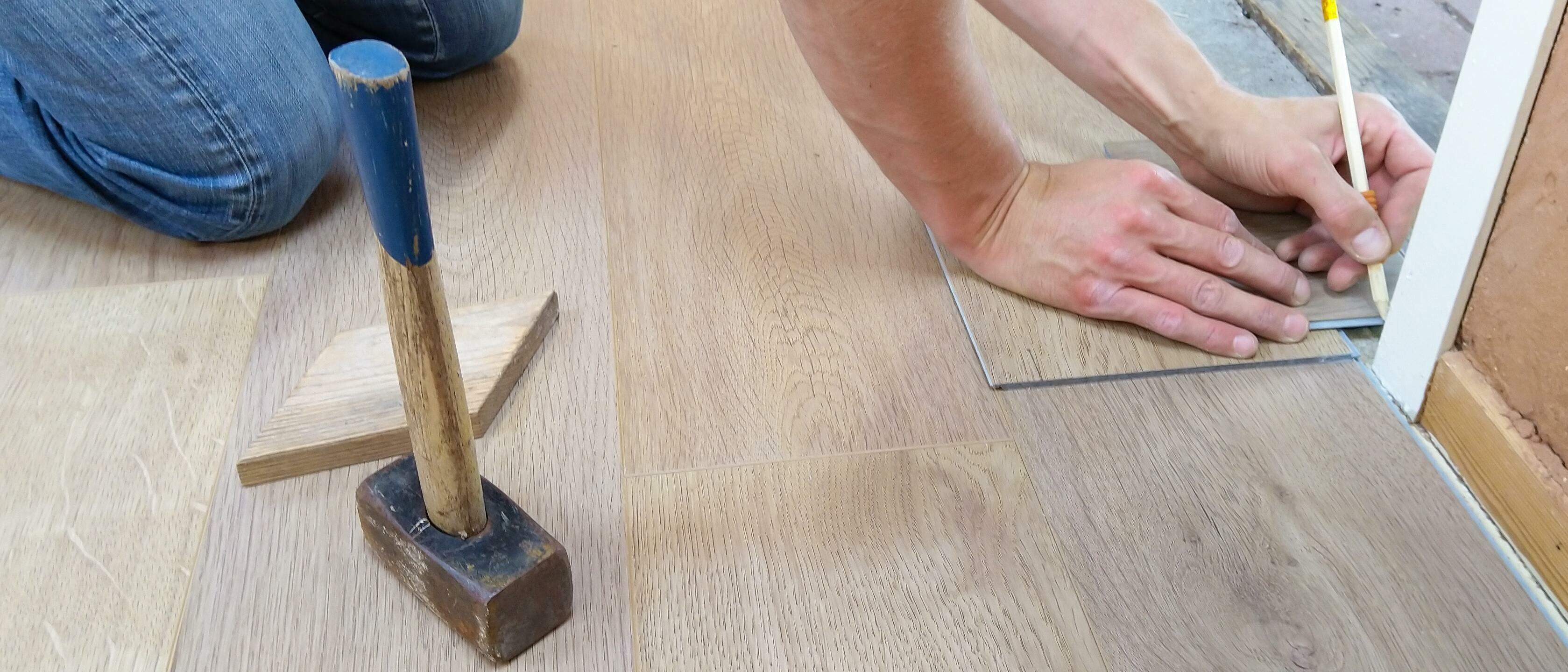 Poll van de week: Met welk materiaal heb jij de vloer geïsoleerd?